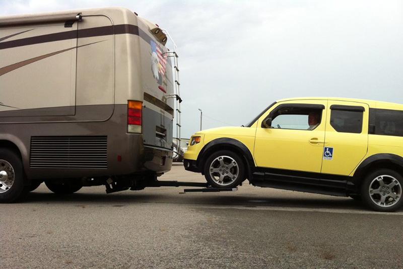 0bb70a27f790 Startracks RV Auto Lift   Tow